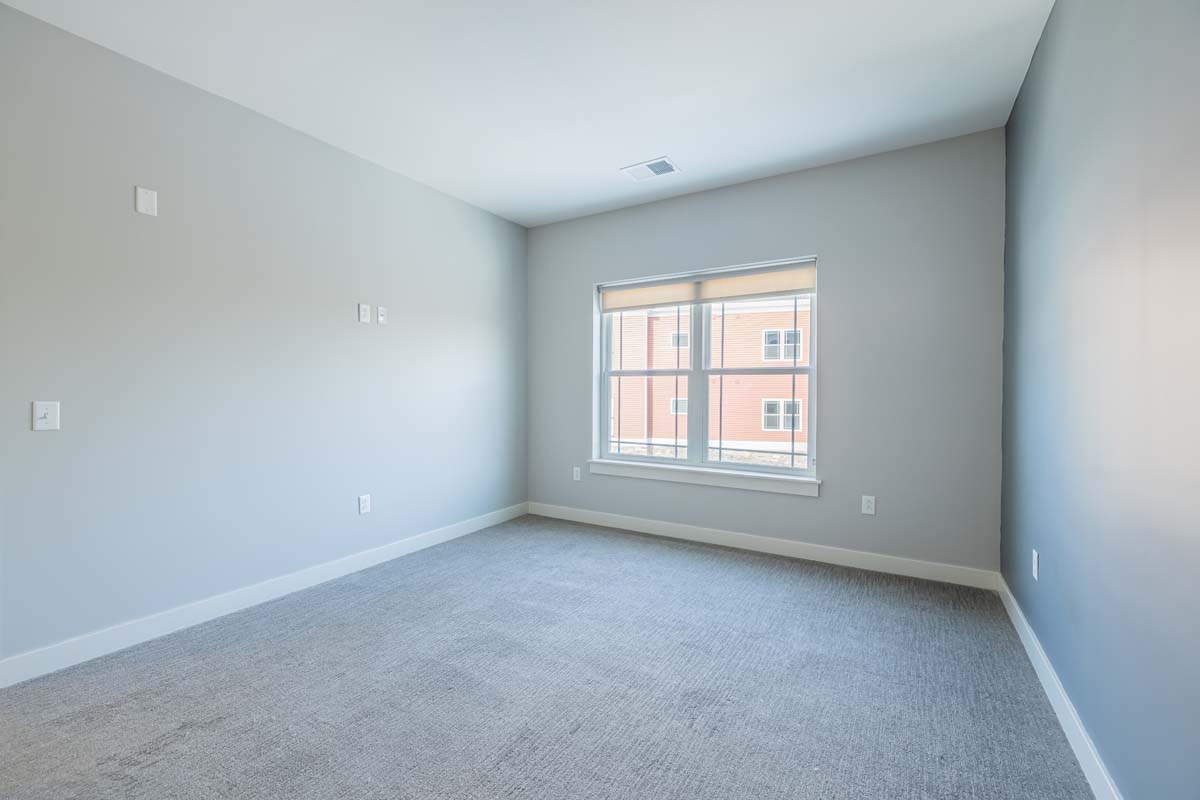 Ellison Heights - 2 Bedroom Corner - Master Bedroom